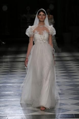 balayi-brautmoden-brautkleider-yolan-crisis-bride-high-fashion-couture-weddingdress-wedding-bridedress-couturedress-highfashion-yolancris-46