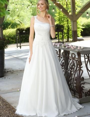 balayi-brautmoden-affinity-bridal04-Luna_2616