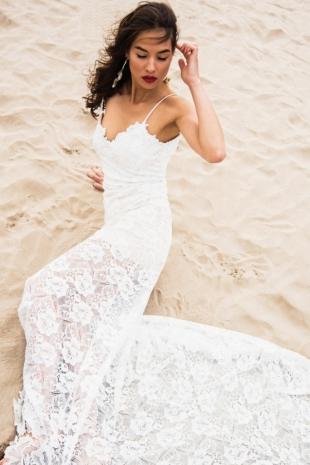 042-lineamore-bridal-2018-venice-beach-set-422-5553149f62bb01741a9cbe67cf664af6