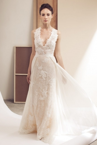 Lusan-Mandongus-2019-Bridal-GINNY-Wedding-Dress-682x1024