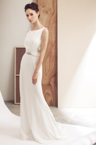 Lusan-Mandongus-2019-Bridal-NELLIM-Wedding-Dress-682x1024