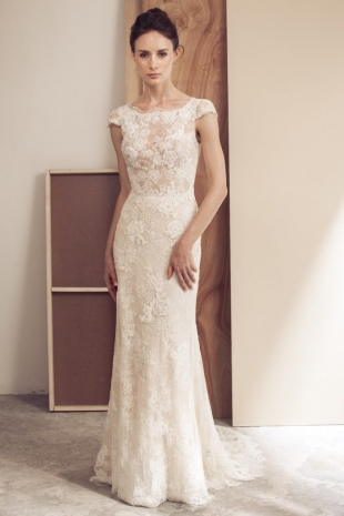 Lusan-Mandongus-2019-Bridal-VALENTINA-Wedding-Dress-682x1024