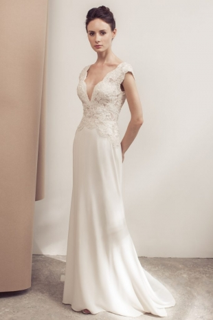 Lusan-Mandongus-2019-Bridal-VENISE-Wedding-Dress-682x1024