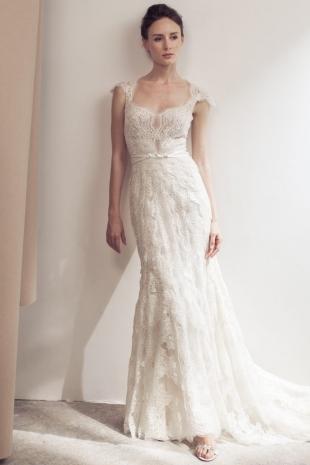 Lusan-Mandongus-2019-Bridal-VICTORIA-Wedding-Dress-682x1024