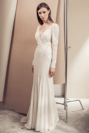 Lusan-Mandongus-2019-Bridal-VIKTORIE-Wedding-Dress-682x1024