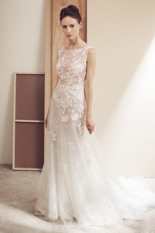 Lusan-Mandongus-2019-Bridal-VIOLA-Wedding-Dress-682x1024