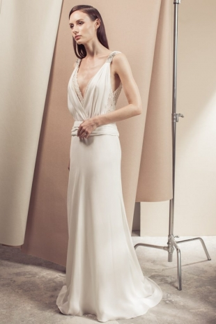 Lusan-Mandongus-2019-Bridal-VIOLANTE-Wedding-Dress-682x1024