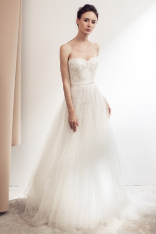 Lusan-Mandongus-2019-Bridal-VIOLETTA-Wedding-Dress-682x1024