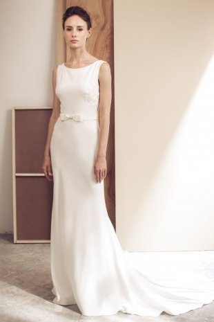 Lusan-Mandongus-2019-Bridal-VIVIANA-Wedding-Dress-682x1024