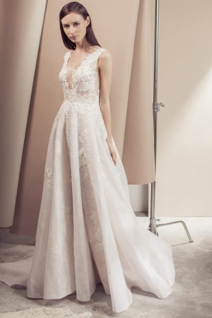 Lusan-Mandongus-2019-Bridal-VIVIENNE-Wedding-Dress-1-682x1024