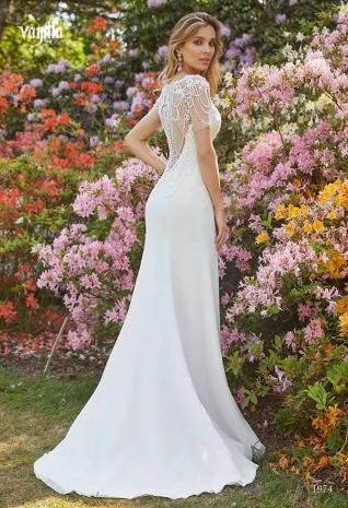 Wedding_dresses_2019_167