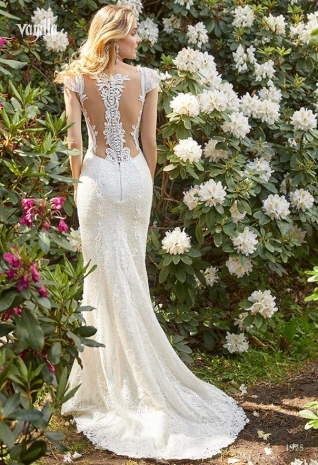 Wedding_dresses_2019_169