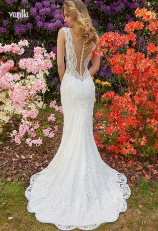 Wedding_dresses_2019_173