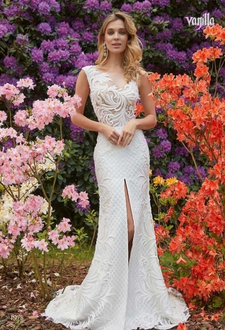 Wedding_dresses_2019_174