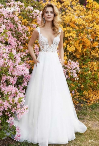Wedding_dresses_2019_183