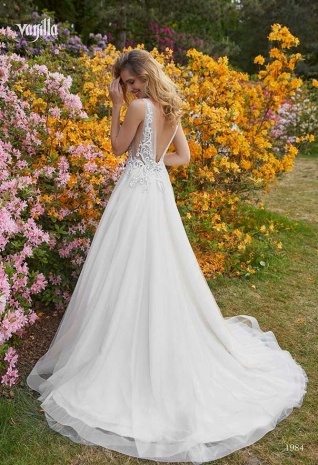 Wedding_dresses_2019_187