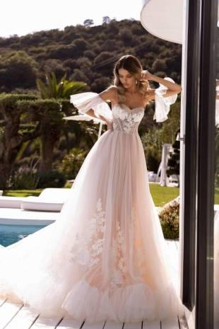 wedding-dress-ariana
