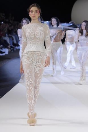 wedding-dresses-wedding-dresses-new-collection-2019-yolancris-barcelona-bridal-week-2018-28