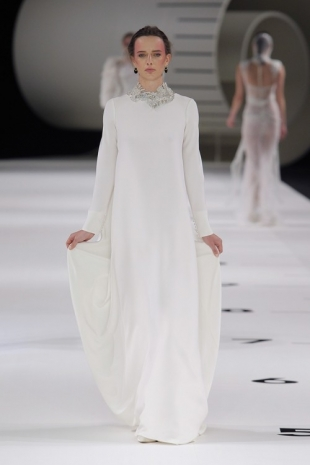 wedding-dresses-wedding-dresses-new-collection-2019-yolancris-barcelona-bridal-week-2018-30