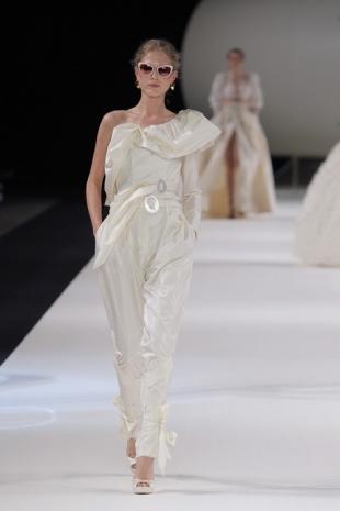wedding-dresses-wedding-dresses-new-collection-2019-yolancris-barcelona-bridal-week-2018-36