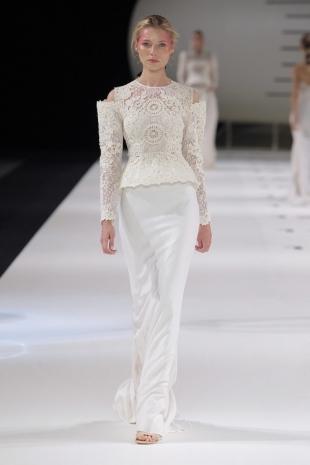 wedding-dresses-wedding-dresses-new-collection-2019-yolancris-barcelona-bridal-week-2018-41