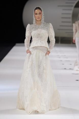 wedding-dresses-wedding-dresses-new-collection-2019-yolancris-barcelona-bridal-week-2018-42