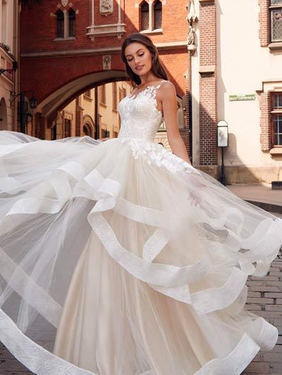 Brautkleider von Angelina Faccenda